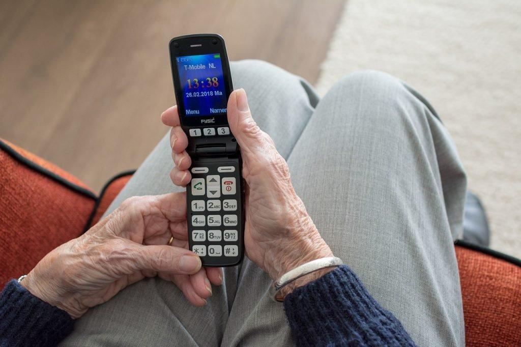 móviles baratos, móviles teclas grandes personas mayores, teléfonos para ancianos